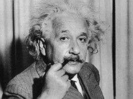 QI Albert Einstein