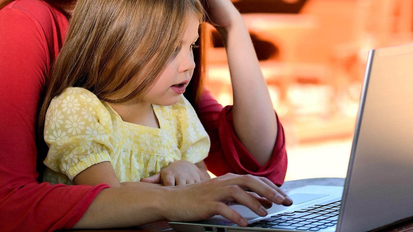 Quels sont les effets des écrans sur la santé des enfants ?