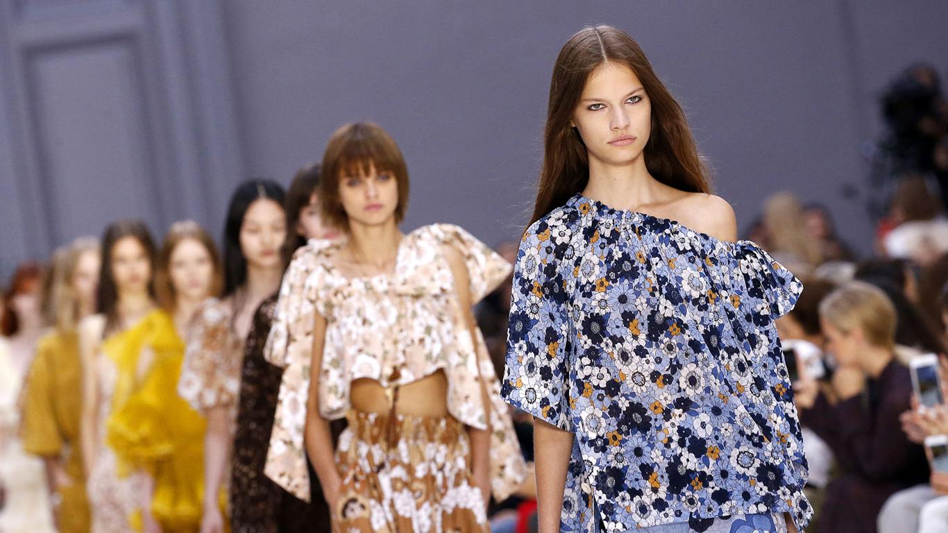 Comment trouver une invitation pour la Fashion week paris ?