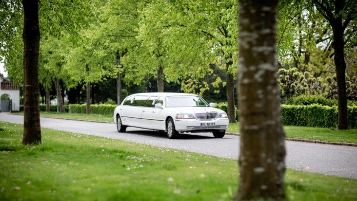 Louer une limousine pour son mariage